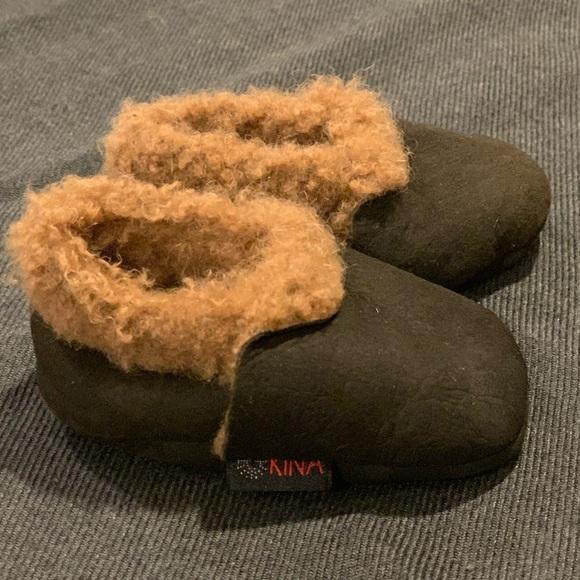 Nui Other - My fav newborn mocs: Nui Kina Lamb booties
